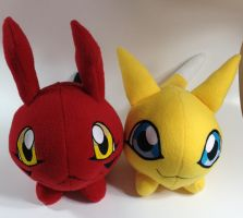 Digimon - Gigimon and Viximon custom plush by Kitamon