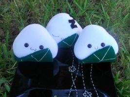 Leaf Onigiri Plushies--GLOW by Love-Who