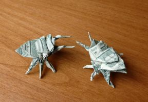 Dollar Origami Beetles by craigfoldsfives