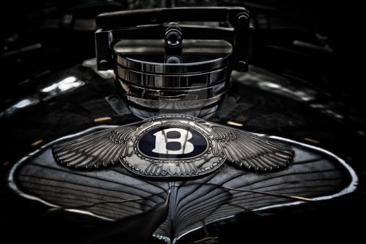 Bentley by oetzy