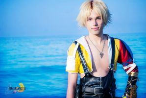 On  the way to Besaid, Tidus Cosplay FFX by hakucosplay