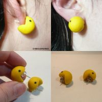 Pacman Earrings by ChibiSilverWings