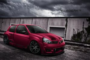 Renault Clio RS by wegabond