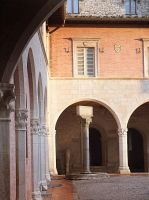 Inside the cloister by seianti