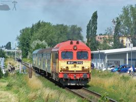M41 2112 with passenger train in Gyorszabadhegy by morpheus880223