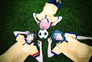 Let`s play a football! by lina-no-uta