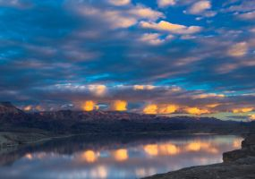 Lake Mohave Sunset by gursesl