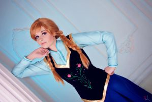 Frozen - Anna of Arendelle by FirehawkCosplay