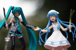 Miku and Musume Hand In Hand #3 by BlackChapters