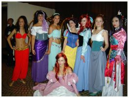 Dragon Con 2006: Princesses by LaMenta3