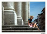 People in Rome: pause by frescendine