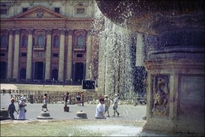 The same fountain. by voorikvergeet