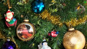 Christmas Baubles 2011 by Frankief