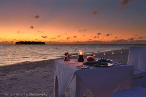 Dinner on the Beach II by RichardKnightly