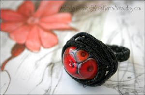 Wire wrapped ring - Eyes of the fire by Faeriedivine