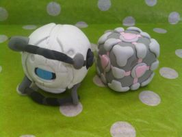 Weatley and Companion cube by Wideh
