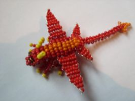 seed bead dragon by BrennendeBuecher