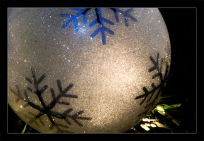 White Ornament 2 by keriwgd
