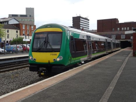 LM 170 508 at Walsall by BoomSonic514