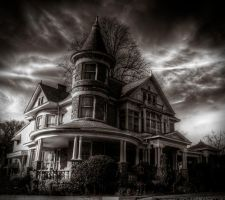 Historic House HDR by joelht74