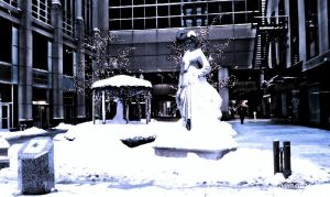 Snow Statue by STORMCORROSION