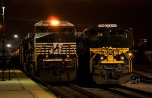 Waiting for BNSF Crews by JamesT4