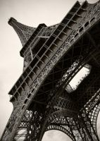 Tilted Eiffel by Stilfoto