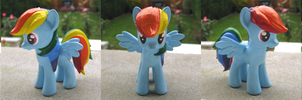 Molded Rainbow Dash Custom by Amandkyo-Su