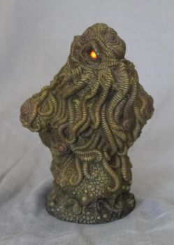Cthulhu Bust (Painted)!!! by shaungent