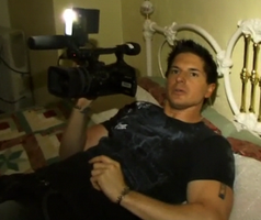 Zak's Filming On Bed by 75tennis