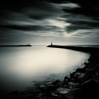 Dark light by xavierrey