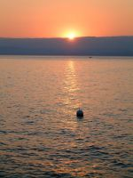 The third sunset on the Leman by planzman