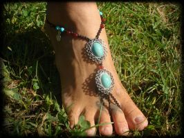 Barefoot Sandal Anklet with Turquoise beads by noisypixie