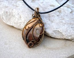Tiger eye wire wrapped pendant by IanirasArtifacts