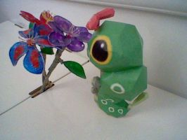 Caterpie Papercraft by PrincessStacie
