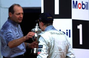 Ron Dennis | Mika Hakkinen (Europe 1997) by F1-history