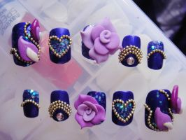 VIOLET HEART GLITTER 3D NAILS by jadelushdesigns