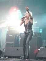 DORO HELLFEST 2011 by lombregrise