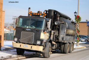 White-GMC Cabover 0027 12-13-13 by eyepilot13