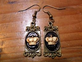 Victorian Crown Earrings by TheLovelyBoutique