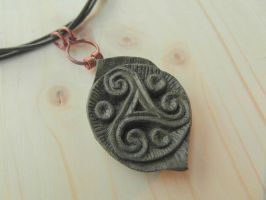 RUSTIC TRISKELL PENDANT by MassoGeppetto