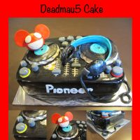 Deadmau5 Cake by Keep-It-Sweet