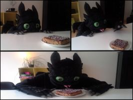 Toothless Cosplay - Birthday cake by TheBandicoot