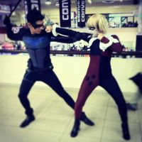Nightwing vs Harley Quinn by juliuske