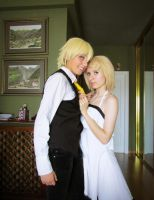 Len and Rin Kagamine [Adolescence Cosplay] by Amiranne