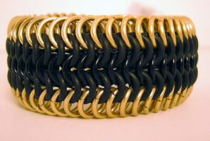 Yellow and Black by chainmaille