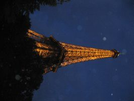 Paris By Night - Two by treoni