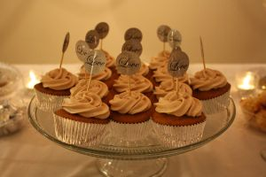 Lovely Pumpkin Cupcakes by thelastpterodactyl