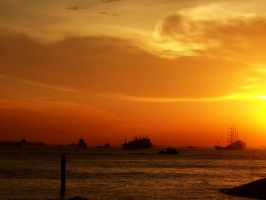 sunset at sentosa island by kutuubocah