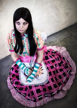 Alice: Madness Returns Cosplay - Wasteland. by Thecrystalshoe